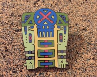 Focus Skeletonian Hat Pin