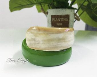 Horn & Lacquer Bangle Bracelet - V51GR