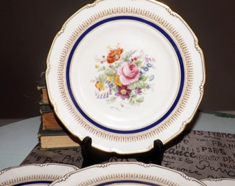 Quite vintage (c. late 1930s) Royal Doulton Ascot Blue V2151 hand-painted salad plate. Cobalt, gold, multicolor floral center.