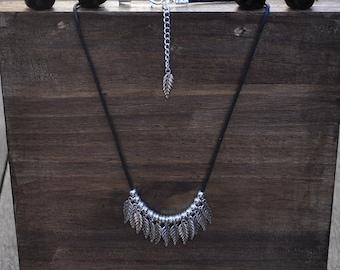 Necklace feathers zamak