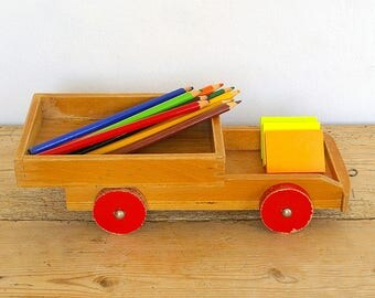 Vintage wooden toy wagon.Toy farm trailer.Pull toy.Desk organizer.Home decor.Nursery decor.Childrens room decor.Vintage wood toy.Display