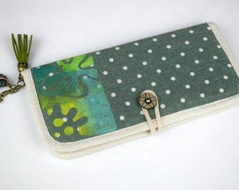 Vallet women. Cute wallet. Fabric wallet. Slim wallet. Clutch wallet. Clutch purse. Minimalist wallet. Card wallet. Gift idea for her. Tote.