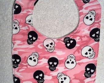 Pink Camo Skull Baby Bibs!!