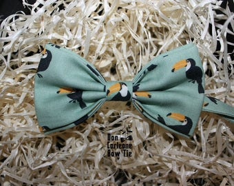 Toucan Print Mint Bow Tie, Wedding Bow Tie, Gift for Him, Gift for Dad,Men's Bow Tie, Boy's Bow Tie, Bow Tie For Men,Gift for friend