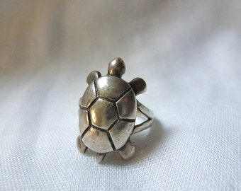 STERLING silver TURTLE tortoise  sized 5.5