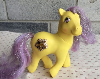 Vintage Hasbro My Little Pony, Princess Starbust , Princess Starbust MLP,  Yellow Mlp, Tinsel hair My Little Pony, Princess Series MLP