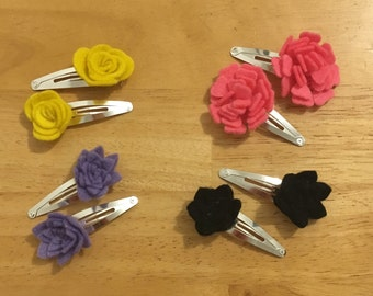 pair of 3d flower snap clips