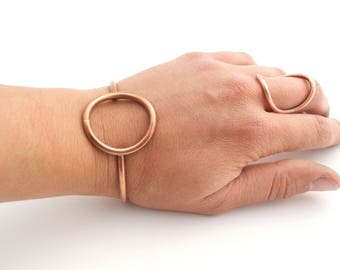 Small Copper Circle Cuff Bracelet / Copper Jewelry / Eco Jewelry / Upcycled Electrical Wire Jewelry / Cyclical Collection