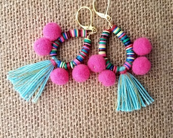 Pom pom earring, pompom tassel earring,tassel earring, gold earring, dangle post earring, tassel earring