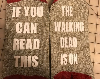 If you can read this socks -ready to ship-walking dead socks - funny socks - Christmas - Your Own Saying - Adult Socks - RED