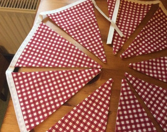 Traditional style bunting, linen look fabric, red and cream checked bunting, house bunting, home decor