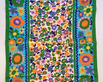 Tea Towel Linen  /kitchen dish towel / vintage / retro /floral / aqua