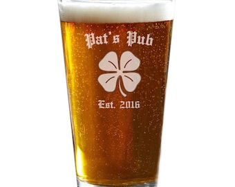 Personalized Pint Glasses, Pint Glass, Engraved Beer Glass, Custom Pint Glasses, Beer Gifts, Pub Glass