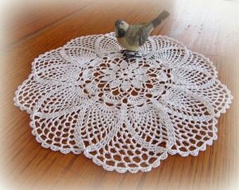 """White Crochet Doily--Flower Center--Pretty Pineapple Doily--14""""--Free Shipping"""