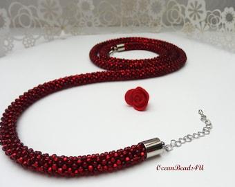 Necklace// Beaded crocheted Red rope// Beaded Rope Jewelry//Bead Crocheted Necklace// Beadwork// Beaded Necklace//Häkelkette