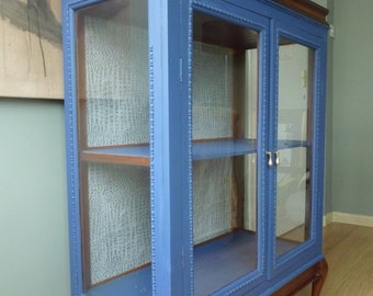Exquisite solid mahogany glass cabinet with rare lift top section, hand painted Farrow & Ball