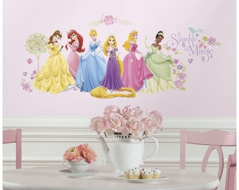 Disney princesses birthday/bedroom stick and peel wall decal decoration