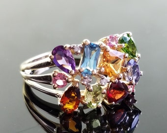 Vintage Mother's Ring with 12 Birthstones - Size 6.5, Resizable