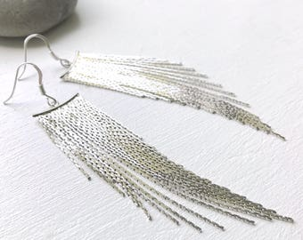 Dangling earrings long silver chains