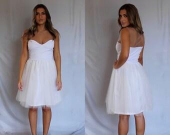 Beach wedding dress, short wedding dress, simple wedding dress, boho wedding dress, wedding dress, white tulle dress, homecoming dress.