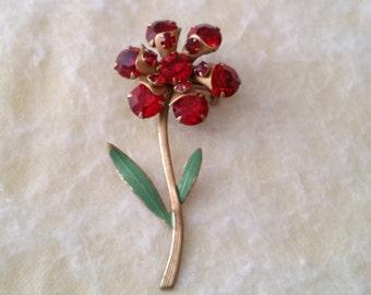 STUNNING Vintage Gold Tone Red Rhinestone Flower Brooch