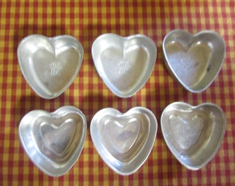 VINTAGE 6 molds to cake form of heart Jiffy Jell / VTG Mini Heart Cake Baking Pan / VINTAGE Heart Molds mold Miniature Collection