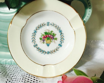 Pretty Vintage Wedgwood 'Appledore' Jewelry Dish, Pin Dish
