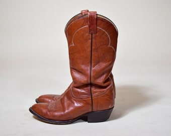 Vintage brown Tony Lama men's cowboy boots (8.5 EE)