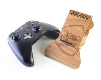 Rocket League Display Stand for Xbox One Controllers - Cherry wood - A perfect gift for Gamers!