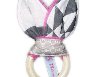 Rattle Teether Bunny ear ring - pink metric-