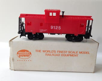 Vintage Model Power 9125 Caboose Red Safety
