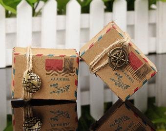 Dragee travel box