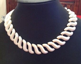 Vintage retro signed NAPIER white enamel choker wide link collar necklace