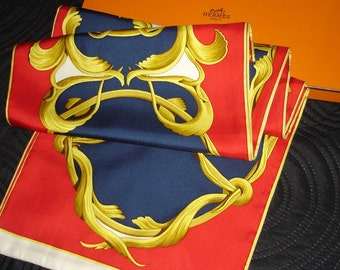 """""""Crown"""" Reversible stole Stole 100% Silk SCARF HERMES Hermes + Box"""