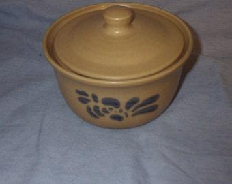 Pfaltzgraff butter tub / casserole