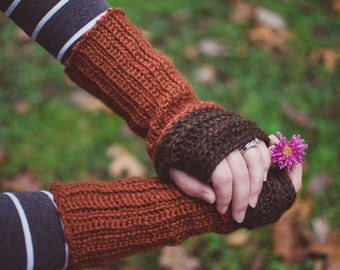The Lallybroch Wrist Warmer | Fingerless Gloves | Mitts | Outlander Inspired | The Highlands Line