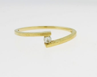 Tension Round Cut Engagement Ring- 10k Yellow Ring