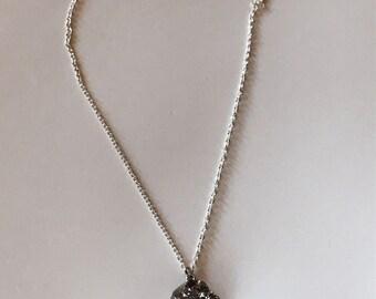 Glitter rock necklace