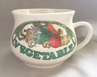 Vegetable Soup Bowl // Ceramic Soup Bowl // Ceramic Bowl // Vintage Kitchen Decor // Vintage Soup Bowl // Retro Kitchen Decor (D3)