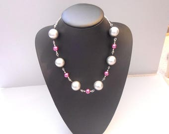 Silver and purple chunky necklace.