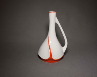 Rare early Soviet Art Deco porcelain jug by Verbilki, 1930s, Red and White