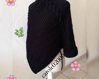 Poncho woman wool half-season, light and very comfortable to wear soft wool, gift for mother's day, black