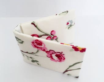 Floral Card Holder - Oilcloth / Oyster Card Holder/ Credit Card Holder/ Business Card Holder - Gift for Her