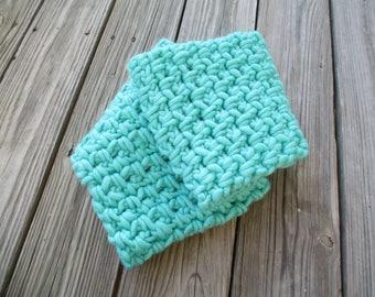 crochet scarf, infinity scarf, crochet cowl, winter scarf, crochet neckwarmer, chunky scarf, womens scarf, crocheted scarf, long scarf