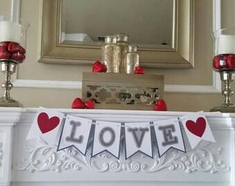 """Valentines """"love"""" banner"""