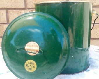 25% off Vintage Green Billy with 24 crt trim