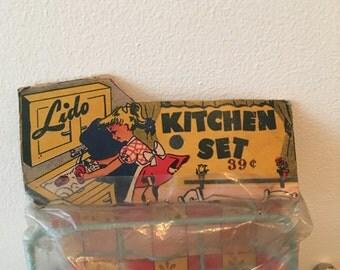 1950's Lido Kitchen Set