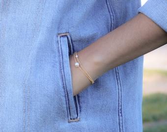 Dainty Chain Bracelet - Delicate Pearl Bracelet - Minimalist Jewelry - Gifts for Her - Stacking Bracelets - Bohemian Jewelry - Gold Bracelet