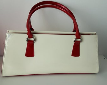 Retro Red And White Vinyl or Patent Leather Purse - Chrome Feet - Zippered Interior Pockets