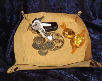 Collapsible leather travel valet / tidy tray with Pictish knot-work art with horses
